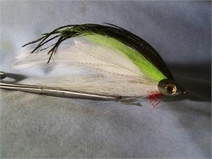 fish-Skull Lefty's Deceiver Style Fly in Chartreuse
